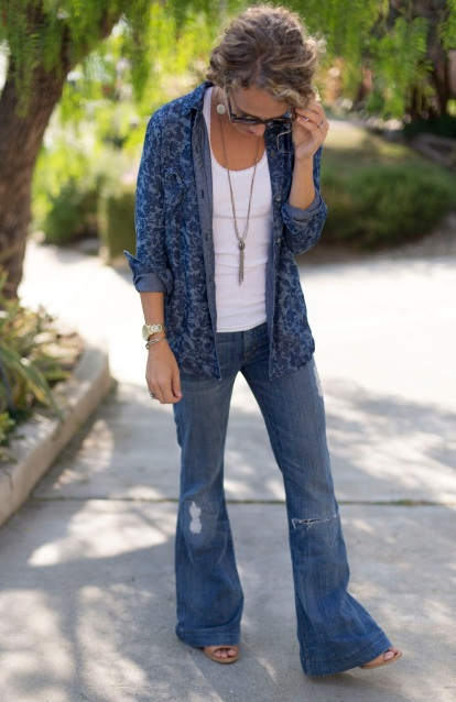 how to style flare jeans for every day